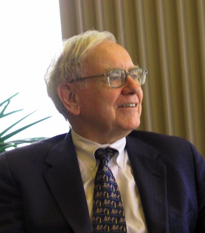 RebeccaLewis_Nov2013_CEO-Warren-Buffett