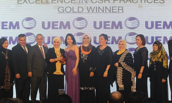 RebeccaLewis_June2013_HREA-Malaysia3