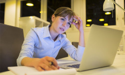 women caught in bad job wanting to quit and become entrepreneur - Aspire survey