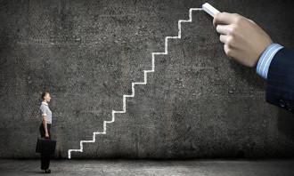 AkankashaD-Leadership-Shutterstock
