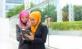 Jerene-Jul-2016-malaysian-businesswoman-dress-code-123rf