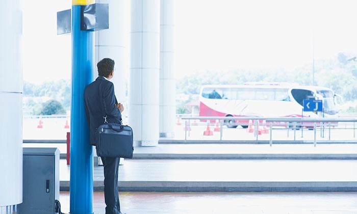 Aditi-Aug-2016-asian-businessman-travelling-malaysia-expatriate-employee-123rf