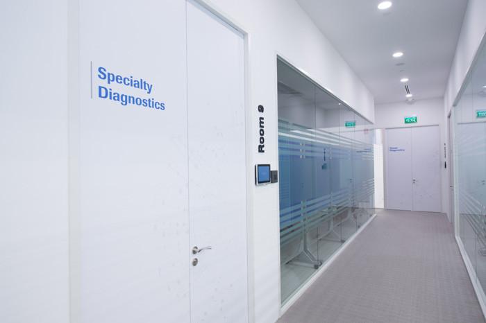 Roche Diagnostics Asia Pacific_CentreofExcellence_Singapore_Corridor_2