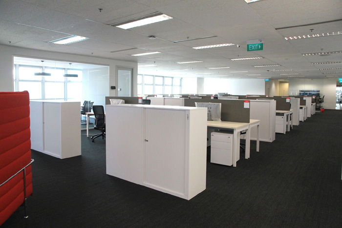 open office concept. The Global Supply Chain Hub Implements An Open Office Concept With Flexible Seating Arrangements For Employees