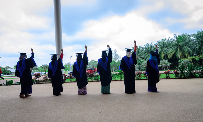 unemployment rate among graduates in malaysia Unemployment among uitm  salary expectations will continue to increase the unemployment rate in malaysia  unemployment among graduates in malaysia.