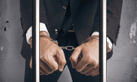 Natasha-May-2017-singapore-customs-officer-jailed-bribery-123rf