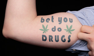 Arm - bet you do drugs