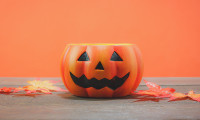 Aditi-Oct-2017-halloween-hiring-strategies-123rf
