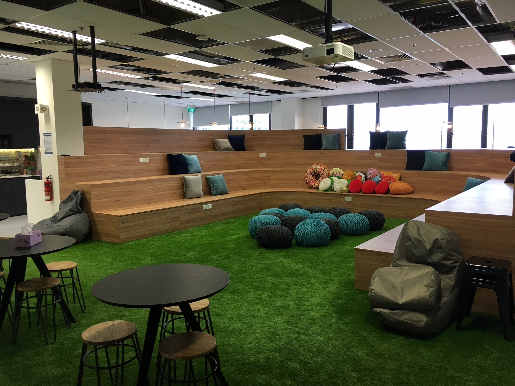 Photos essence creating a workplace where staff feel - Interior design work environment ...