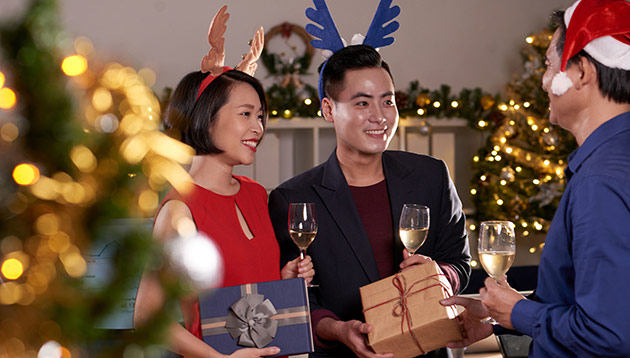 Christmas party - 123RF