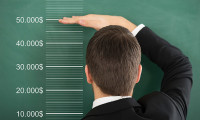 salary disclosure - 123RF