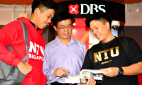 Prof Low Kin Yew (centre), Associate Dean (Undergraduate Academic) at Nanyang Technological University's (NTU Singapore) Nanyang Business School, believes the university's new Applied Wealth Management track – a partnership with DBS Bank – will give first-year business students such as Randall Pay (left) and Ryan Lee (right) who are considering a career in wealth management a crucial head start. Photo by NTU Singapore.